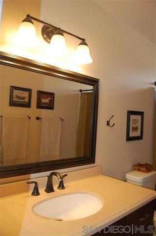 Photo 13: SOUTH ESCONDIDO House for sale : 4 bedrooms : 1633 Kenora Dr in Escondido
