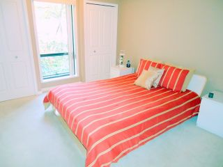 """Photo 6: 207 1955 WOODWAY Place in Burnaby: Brentwood Park Condo for sale in """"DOUGLAS VIEW"""" (Burnaby North)  : MLS®# V896512"""