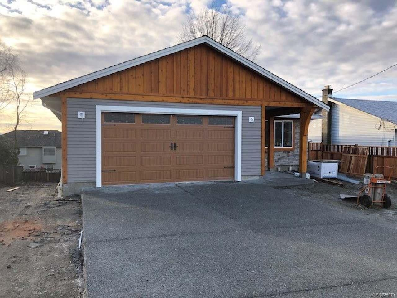Photo 7: Photos: 699 Eland Dr in CAMPBELL RIVER: CR Campbell River Central House for sale (Campbell River)  : MLS®# 775073