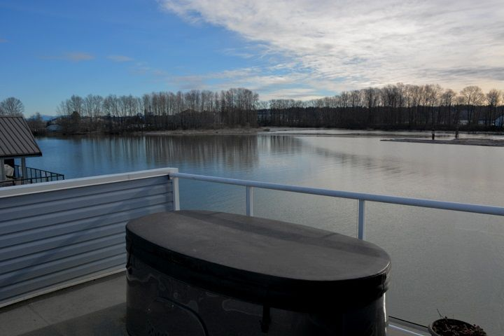 """Photo 16: Photos: 4 800 SOUTH DYKE Road in New Westminster: Queensborough House for sale in """"QUEENS GATE MARINA"""" : MLS®# R2539872"""