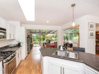 Photo 11: 581 Marine View in COBBLE HILL: ML Cobble Hill House for sale (Malahat & Area)  : MLS®# 825299