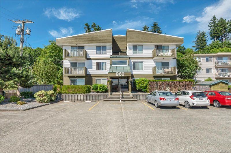 FEATURED LISTING: 303 - 962 Island Hwy South