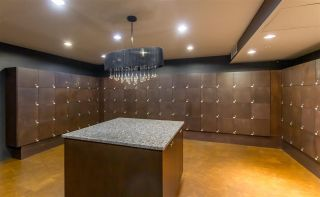 """Photo 19: 1804 2959 GLEN Drive in Coquitlam: North Coquitlam Condo for sale in """"The Parc"""" : MLS®# R2398572"""