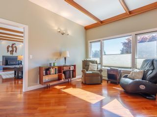 Photo 15: 102 Garner Cres in : Na University District House for sale (Nanaimo)  : MLS®# 857380