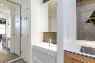 """Photo 19: 219 55 E CORDOVA Street in Vancouver: Downtown VE Condo for sale in """"KORET LOFTS"""" (Vancouver East)  : MLS®# R2560777"""