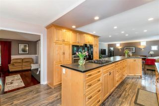 """Photo 13: 20853 93 Avenue in Langley: Walnut Grove House for sale in """"Greenwood Estates"""" : MLS®# R2575533"""