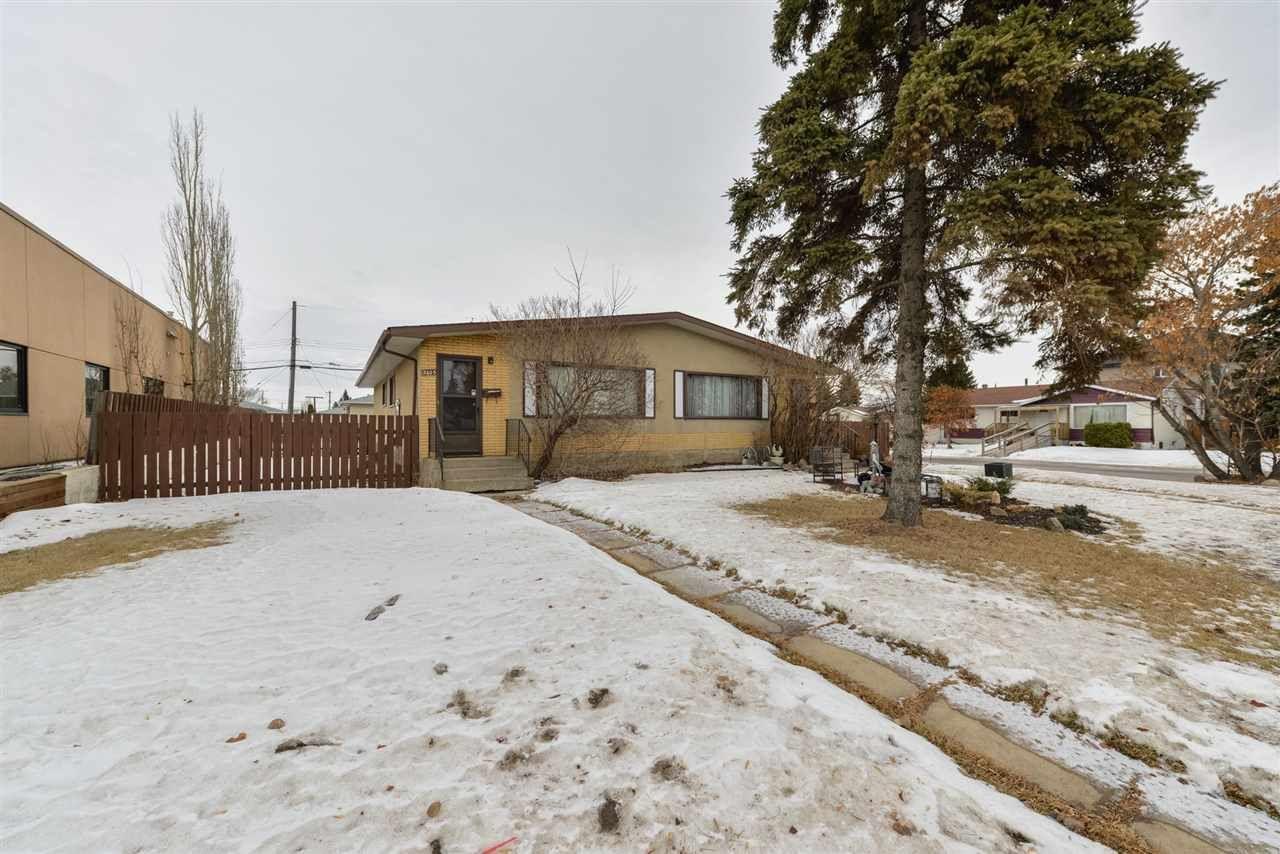 Main Photo: 13603,  13605 66 Street in Edmonton: Zone 02 House Duplex for sale : MLS®# E4225813