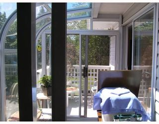 """Photo 10: 37 696 TRUEMAN Road in Gibsons: Gibsons & Area Townhouse for sale in """"MARINA PLACE"""" (Sunshine Coast)  : MLS®# V770986"""