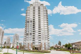 "Photo 3: 1606 7325 ARCOLA Street in Burnaby: Highgate Condo for sale in ""ESPRIT II-BY BOSA"" (Burnaby South)  : MLS®# R2037231"