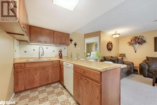 Photo 4: 1102 HORSESHOE VALLEY Road W Unit# 208 in Barrie: Condo for sale : MLS®# 40151413
