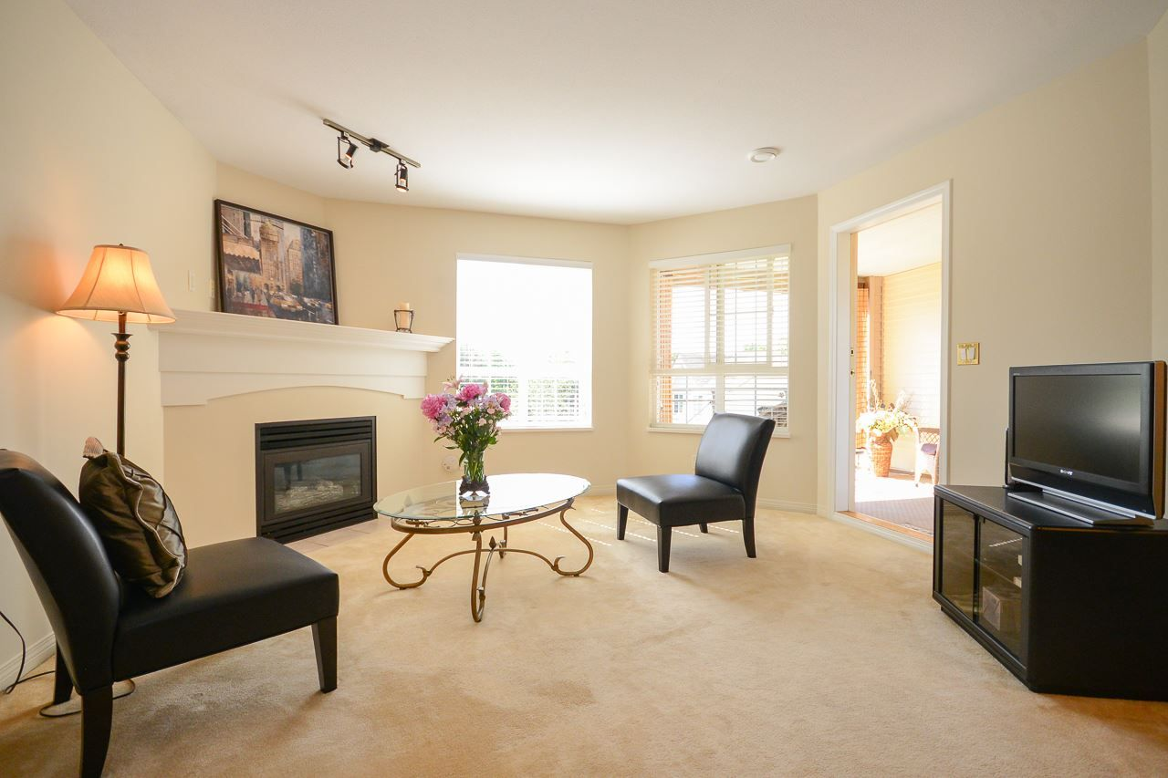 """Main Photo: 322 5500 ANDREWS Road in Richmond: Steveston South Condo for sale in """"SOUTHWATER"""" : MLS®# R2077162"""