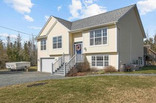 Main Photo: 78 Matheson Court in Nine Mile River: 105-East Hants/Colchester West Residential for sale (Halifax-Dartmouth)  : MLS®# 202108680