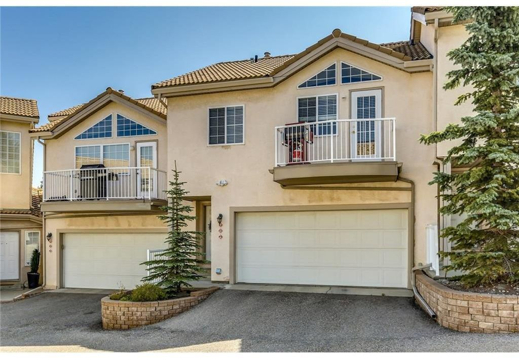 Main Photo: 902 PATTERSON View SW in Calgary: Patterson Row/Townhouse for sale : MLS®# A1120260