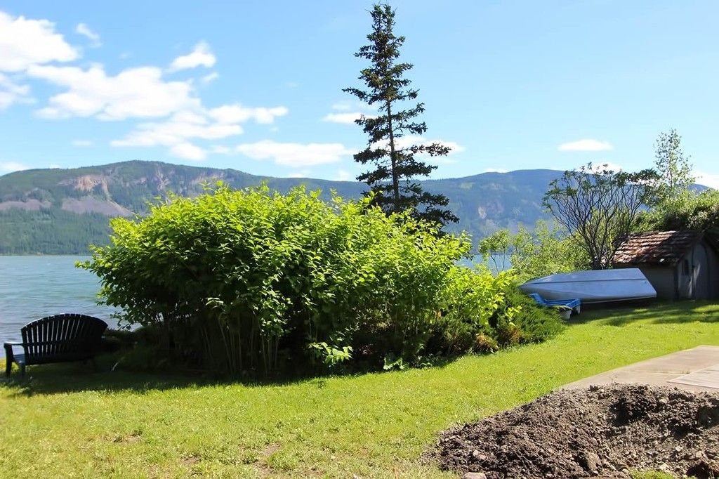 Photo 29: Photos: 1475 Little Shuswap Lake Road in Chase: Little Shuswap Lake House for sale : MLS®# 10205518