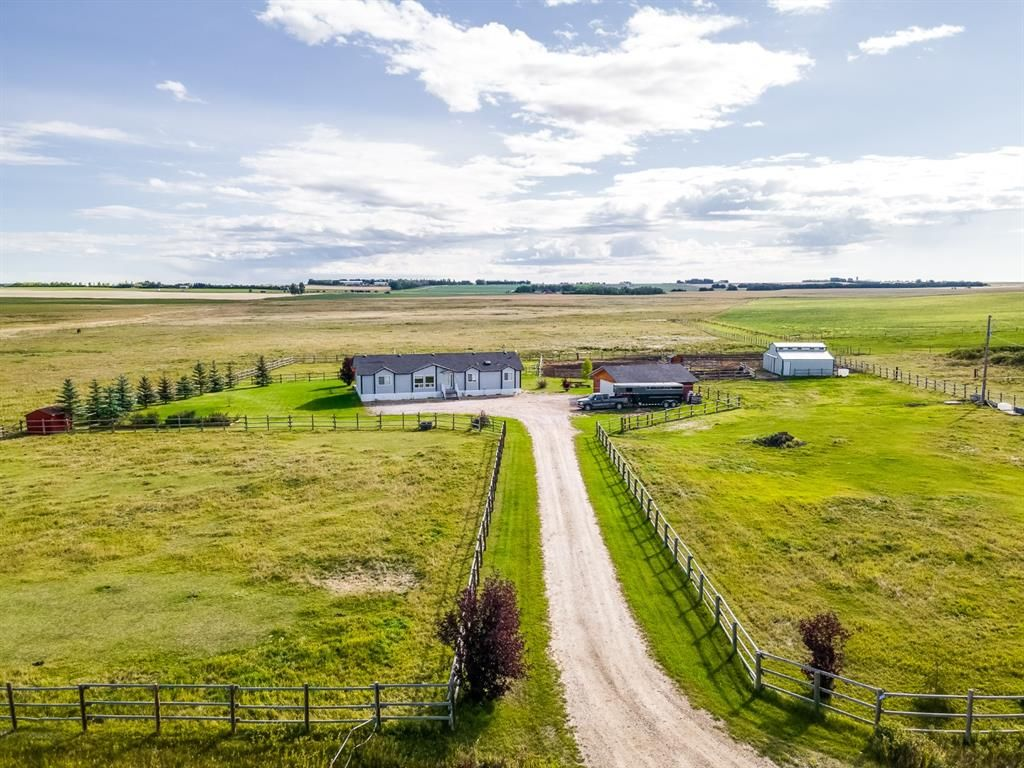 Main Photo: 30361 Range Road 24: Rural Mountain View County Detached for sale : MLS®# A1143253