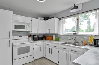 Photo 11: 123 Storrie Rd in : CR Campbell River South House for sale (Campbell River)  : MLS®# 878518