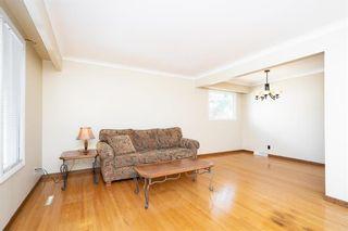 Photo 4: 181 Danbury Bay in Winnipeg: Crestview Residential for sale (5H)  : MLS®# 202109692