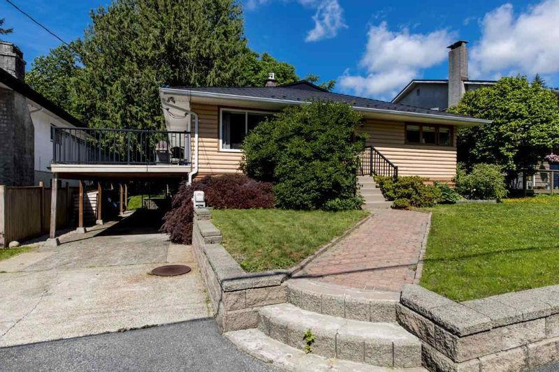 FEATURED LISTING: 3715 CAMPBELL Avenue North Vancouver