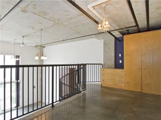 """Photo 7: 302 228 E 4TH Avenue in Vancouver: Mount Pleasant VE Condo for sale in """"Watershed/Mount Pleasant"""" (Vancouver East)  : MLS®# V1031865"""