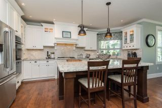 Photo 8: 21941 52 AVENUE in Langley: Murrayville House for sale : MLS®# R2210675