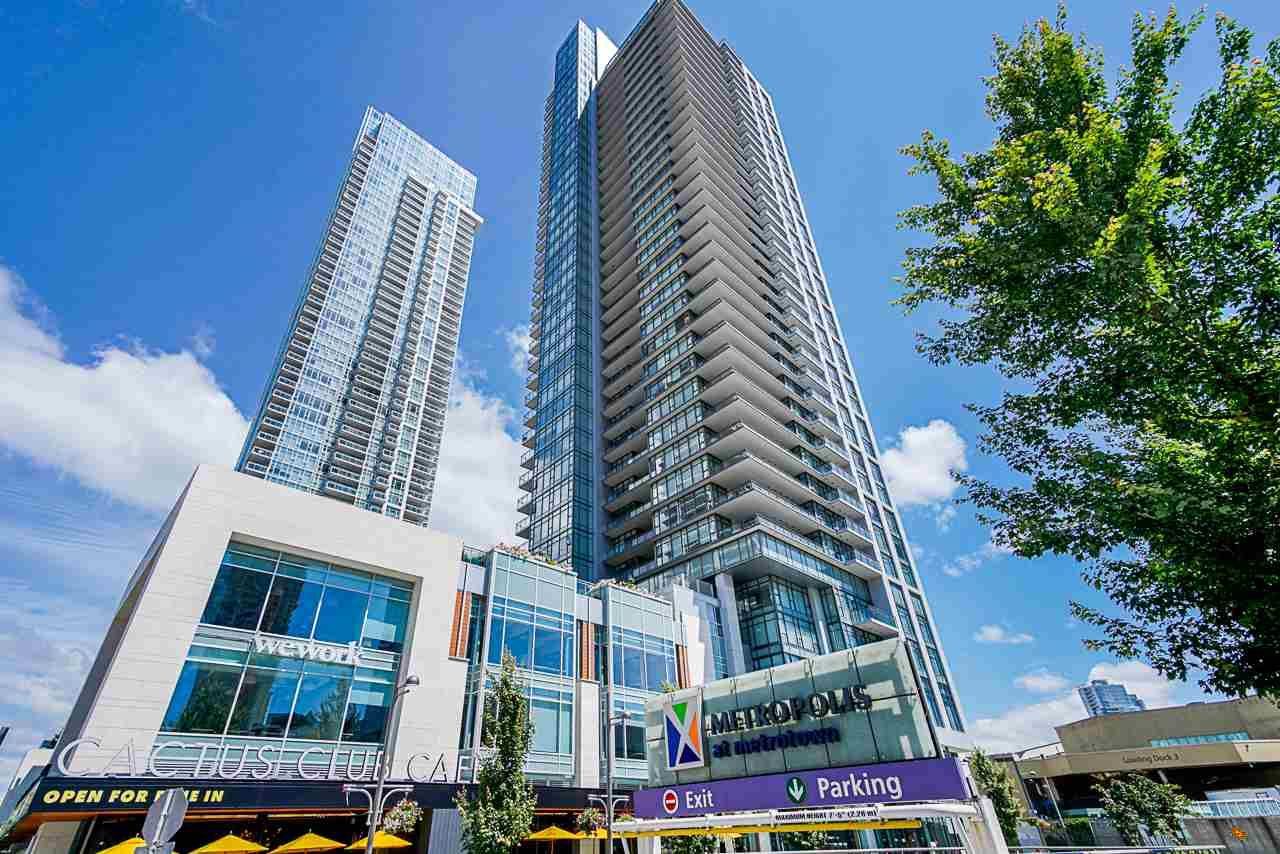 "Main Photo: 1807 6098 STATION Street in Burnaby: Metrotown Condo for sale in ""Station Square 2"" (Burnaby South)  : MLS®# R2475417"