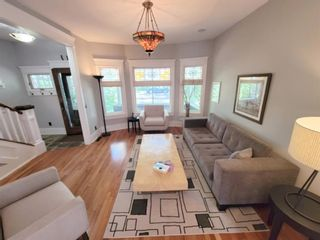Photo 4: 1715 13 Avenue SW in Calgary: Sunalta Detached for sale : MLS®# A1129497
