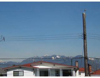 """Photo 5: 2579 E 42ND Avenue in Vancouver: Killarney VE House for sale in """"KILLARNEY"""" (Vancouver East)  : MLS®# V756949"""