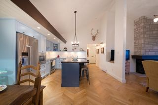 """Photo 4: 68 2212 FOLKESTONE Way in West Vancouver: Panorama Village Condo for sale in """"Panorama Village"""" : MLS®# R2604810"""