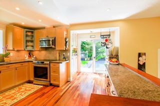 """Photo 7: 7942 LIMEWOOD Place in Vancouver: Champlain Heights Townhouse for sale in """"WOODLANDS"""" (Vancouver East)  : MLS®# R2291596"""
