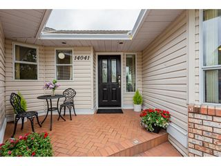 Photo 2: 14041 19A Avenue in Surrey: Sunnyside Park Surrey House for sale (South Surrey White Rock)  : MLS®# R2457646