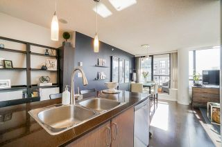 Photo 5: 2806 909 MAINLAND STREET in Vancouver: Yaletown Condo for sale (Vancouver West)  : MLS®# R2507980