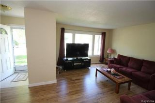 Photo 3: 417 Keenleyside Street in Winnipeg: East Elmwood Residential for sale (3B)  : MLS®# 1722335