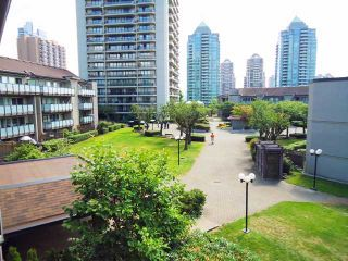 """Photo 1: 303 4373 HALIFAX Street in Burnaby: Brentwood Park Condo for sale in """"BRENT GARDENS"""" (Burnaby North)  : MLS®# V904072"""