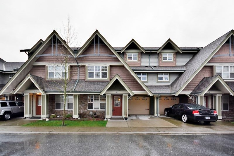 Main Photo: 42 22977 116 AVENUE in : East Central Townhouse for sale : MLS®# R2030100