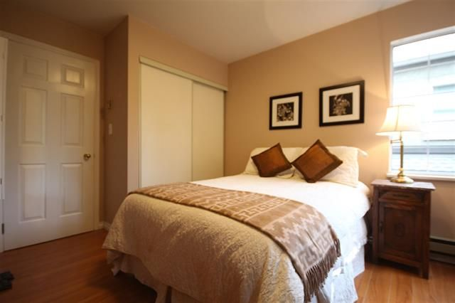 Photo 12: Photos: #203-925 W 15TH AV in VANCOUVER: Fairview VW Condo for sale (Vancouver West)  : MLS®# R2214676