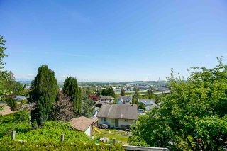 Photo 19: 2217 HILLSIDE Avenue in Coquitlam: Cape Horn House for sale : MLS®# R2387517