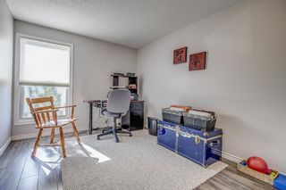 Photo 21: 14 5625 Silverdale Drive NW in Calgary: Silver Springs Row/Townhouse for sale : MLS®# A1153213
