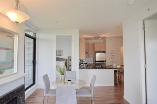 """Photo 8: 903 6823 STATION HILL Drive in Burnaby: South Slope Condo for sale in """"Belvedere"""" (Burnaby South)  : MLS®# R2385263"""