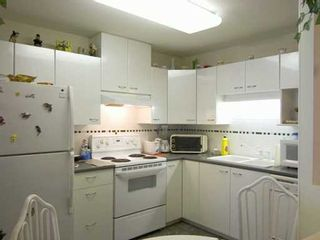 """Photo 4: 4425 HALIFAX Street in Burnaby: Central BN Condo for sale in """"POLARIS"""" (Burnaby North)  : MLS®# V622480"""