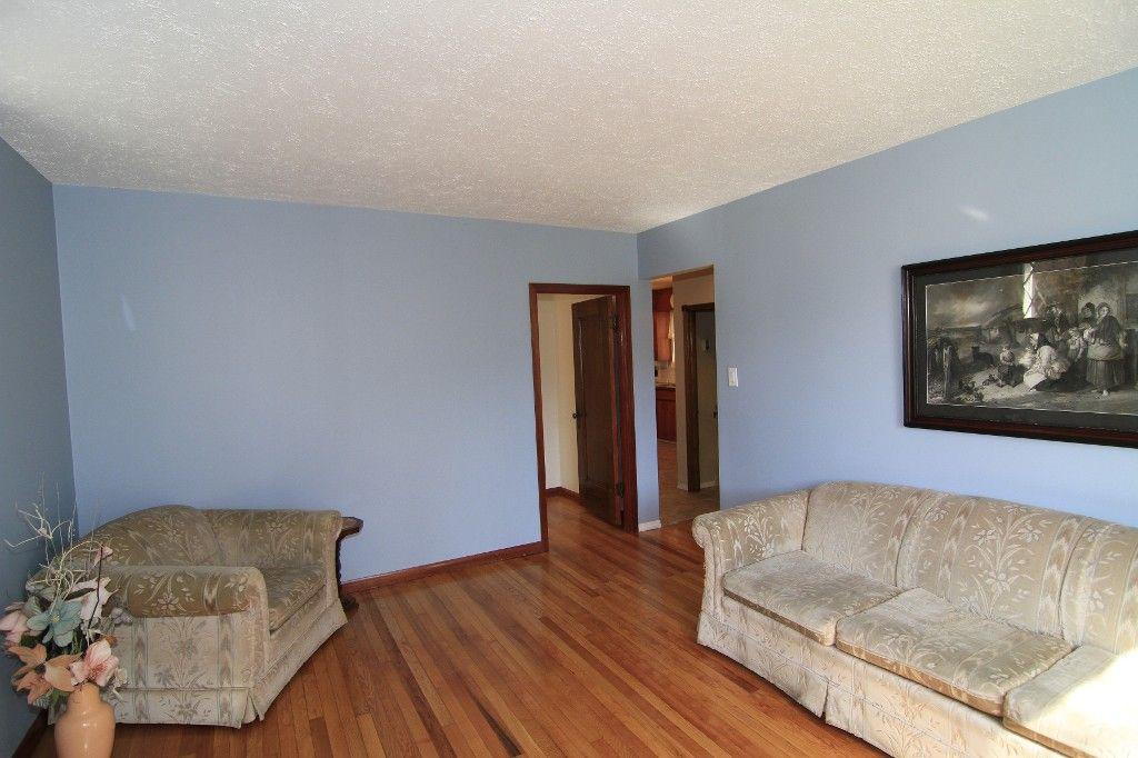 Photo 11: Photos: 118 Home Street in Winnipeg: Wolseley Duplex for sale (West Winnipeg)  : MLS®# 1308790
