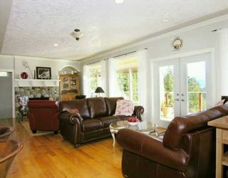 """Photo 3: 1221 ST ANDREWS RD in Gibsons: Gibsons & Area House for sale in """"MORNINGSTAR ESTATES"""" (Sunshine Coast)  : MLS®# V576321"""