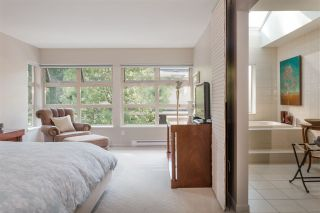 """Photo 15: 15 3750 EDGEMONT Boulevard in North Vancouver: Edgemont Townhouse for sale in """"The Manor At Edgemont"""" : MLS®# R2514295"""