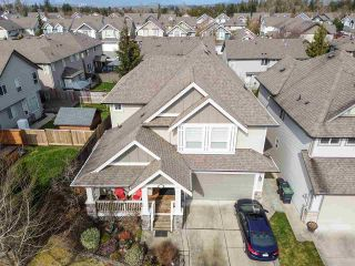 Photo 3: 20877 83B Avenue in Langley: Willoughby Heights House for sale : MLS®# R2552880