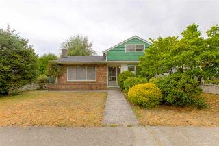"Photo 1: 6715 BUTLER Street in Vancouver: Killarney VE House for sale in ""Killarney"" (Vancouver East)  : MLS®# R2297146"