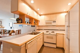 """Photo 16: 311 1978 VINE Street in Vancouver: Kitsilano Condo for sale in """"THE CAPERS BUILDING"""" (Vancouver West)  : MLS®# V954905"""