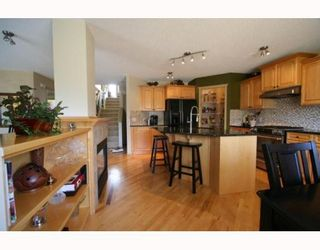 Photo 4: 58 ROYAL OAK Cove NW in CALGARY: Royal Oak Residential Detached Single Family for sale (Calgary)  : MLS®# C3376305