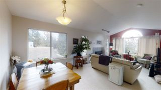 """Photo 3: 542 REED Road in Gibsons: Gibsons & Area House for sale in """"GRANTHAMS"""" (Sunshine Coast)  : MLS®# R2546943"""