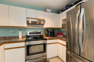 """Photo 14: 311 5955 177B Street in Surrey: Cloverdale BC Condo for sale in """"Windsor Place"""" (Cloverdale)  : MLS®# R2566962"""