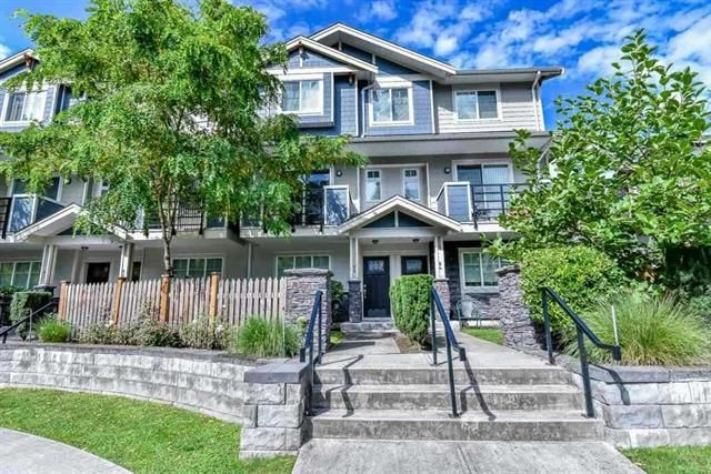 Main Photo: : Townhouse for sale : MLS®# R2308039