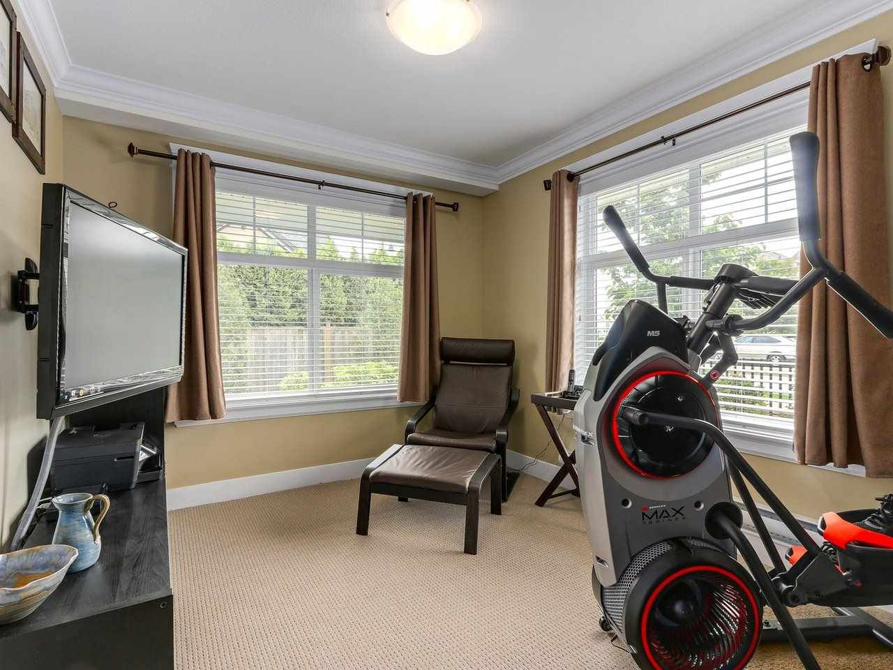"""Photo 15: Photos: 31 17171 2B Avenue in Surrey: Pacific Douglas Townhouse for sale in """"AUGUSTA TOWNHOUSES"""" (South Surrey White Rock)  : MLS®# R2280398"""